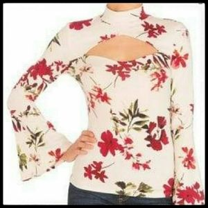 ⭐SALE⭐Guess Floral Flared Sleeve Top